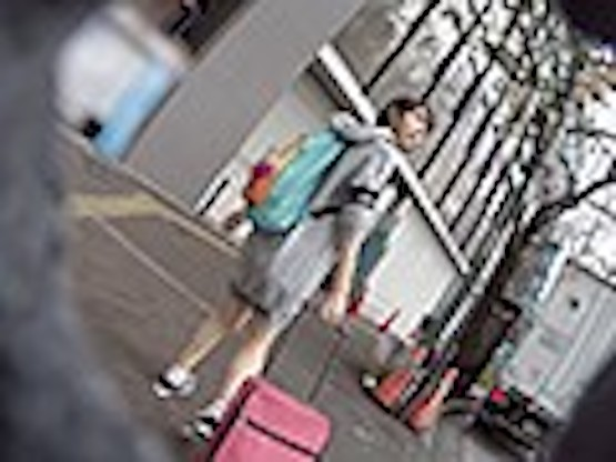 巨漢ナンパ師が中野で見つけた上京家出娘まゆちゃん(19歳) 色白スレンダー娘に種付けセックス15発!! 中出しヤリまくった一週間の記録を緊急AV発売 ナンパJAPAN EXPRESS Vol.91